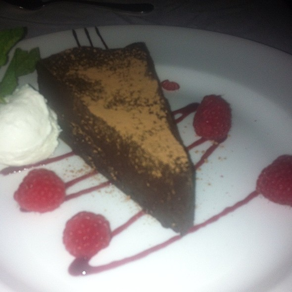 flourless chocolate cake @ The Capital Grille