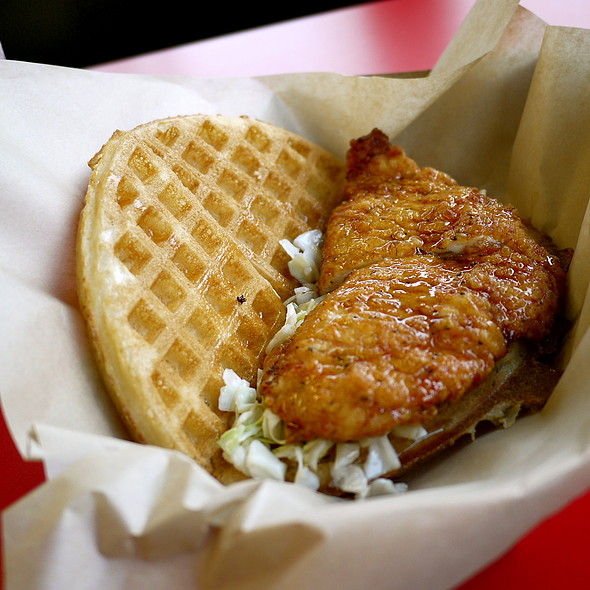 Buttermilk Fried Chicken & Waffle @ Bruxie