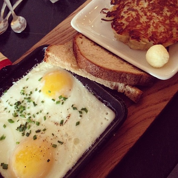 Baked Eggs @ Broder Cafe