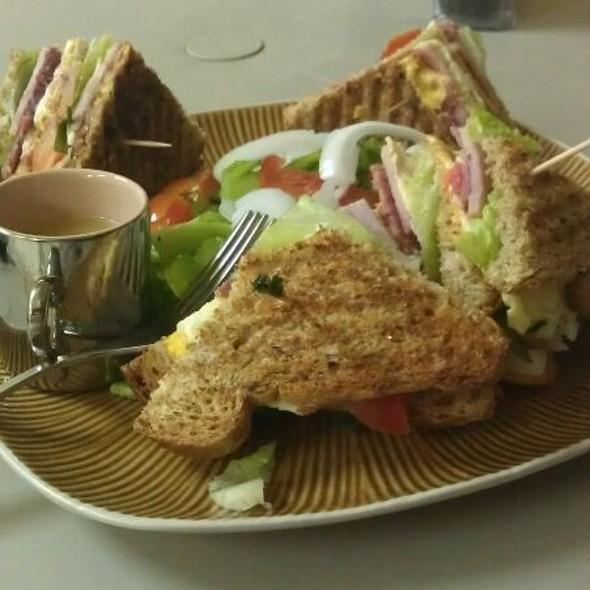 Club Sandwhich @ Geo's Hideaway Cafe & Meat Market