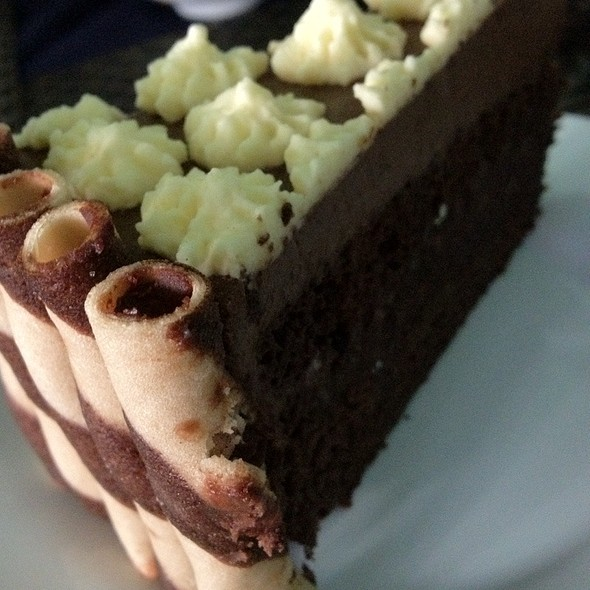 Chocolate Mousse @ Chef Boy Logro