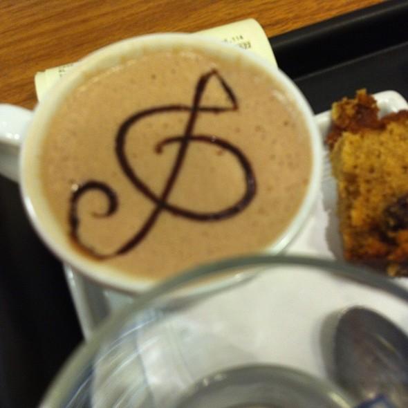 Hot Chocolate @ Casa Santa Luzia