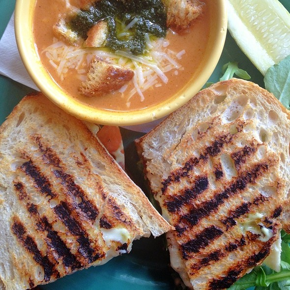 Brie BLT with Tomato Basil Soup
