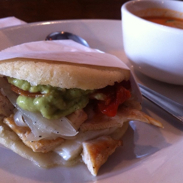 Arepa Stuffed With Chicken And Peppers @ Guayoyo