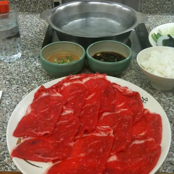 Medium Lean Beef Shabu Shabu @ Shabu Shabu House Restaurant