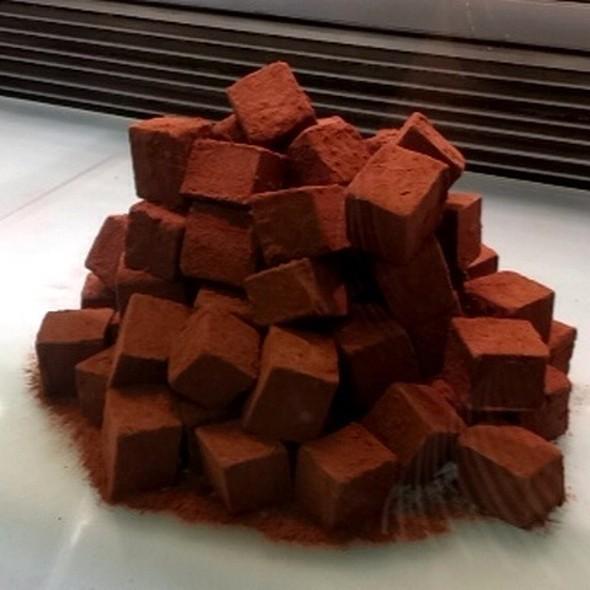 Dark Chocolate Truffles @ Awfully Chocolate
