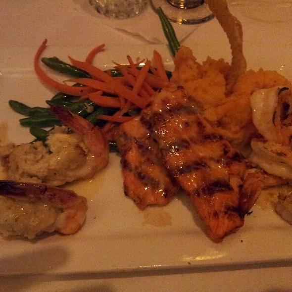 McCormick's Seafood Trio - McCormick & Schmick's Seafood - Cincinnati, Cincinnati, OH