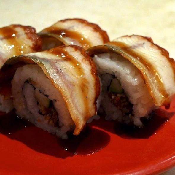 unagi maki @ Sakae Sushi