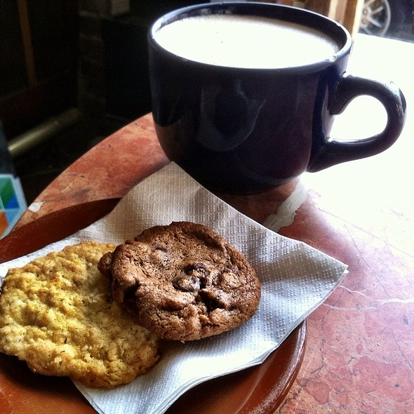 Cookies And Chai Latte @ Philadelphia Java Co