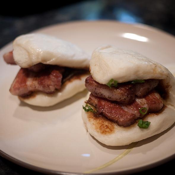 Steamed Pork Buns @ Spice Kit