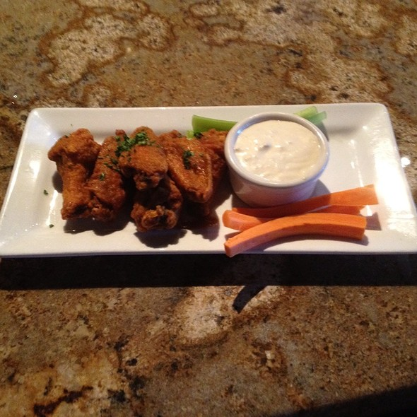 Ghost Chile Hot Wings - The Phoenix Restaurant, Bend, OR