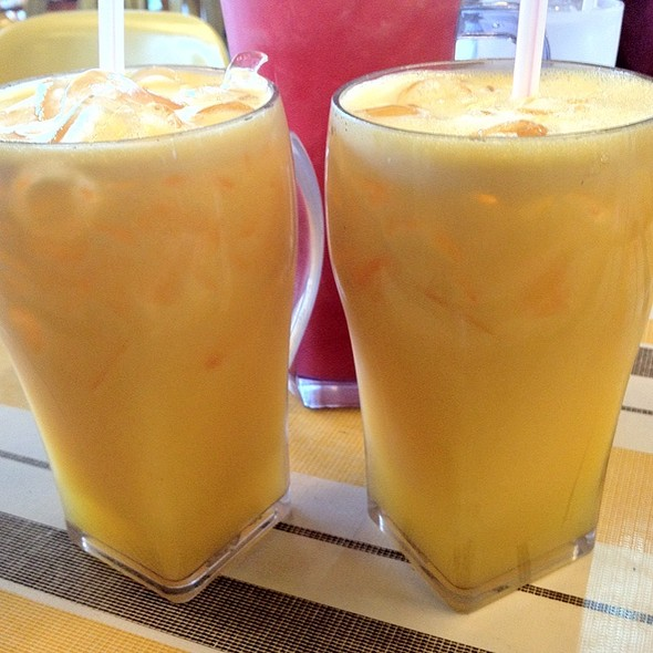 Fresh Squeezed Orange Juice @ Kak Yah Seafood