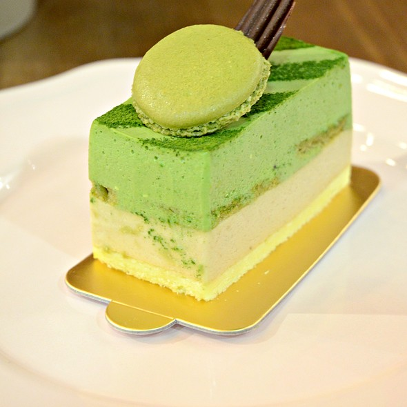 Green Tea Mousse Cake @ 小甜谷