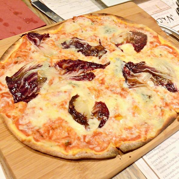 Quattro Formaggi con Radicchio Rosso,$three cheeses base,topped with gorgonzola & red chicory @ Nico's spuntino bar + restaurant