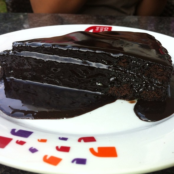 Fantasy Cake (Chocolate And Cheese Cake) @ Cafe Coffee Day