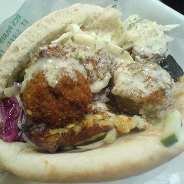 Falafel Sandwich @ L'As du Fallafel