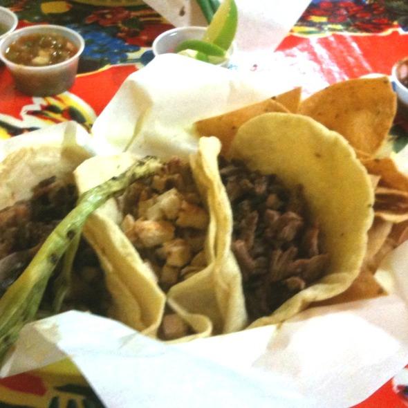 Tacos @ Tacomiendo