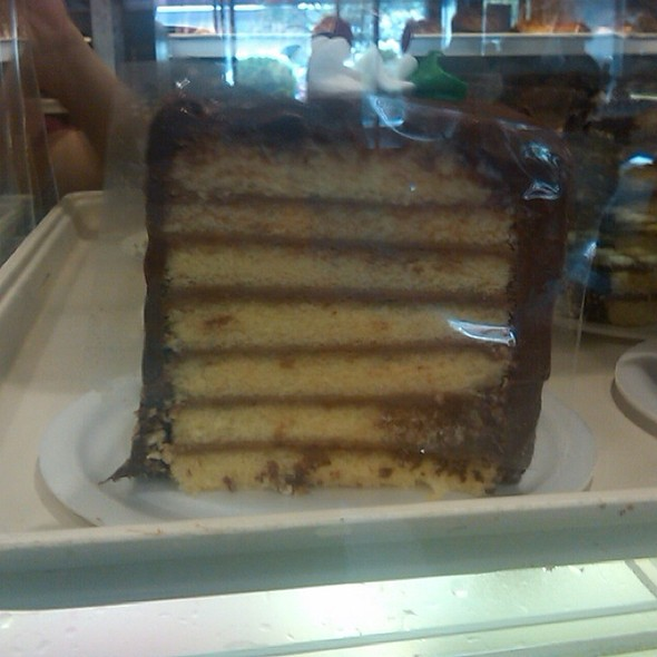 7-layer Cake @ Rockland Bakery