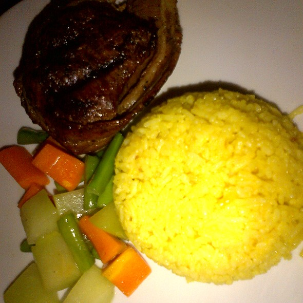 Filet Mignon @ Holy Cow