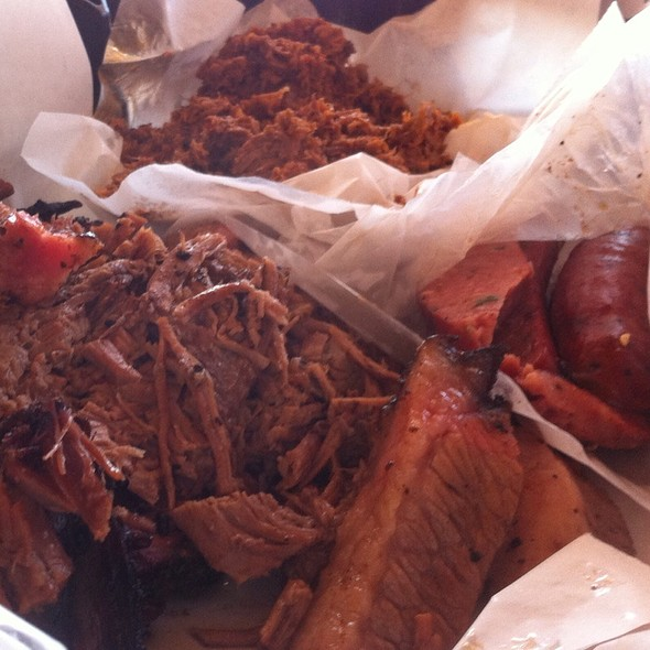 Beef Brisket (Moist), Spicy Chop, & Jalapeno Sausage @ Rudy's BBQ and Country Store