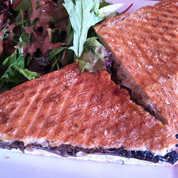 Roasted Portabella Sandwich @ fabiane's cafe & pastry