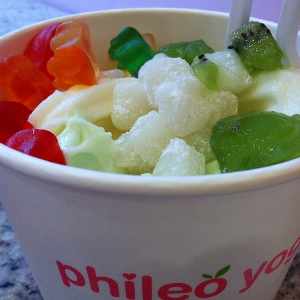 Froyo @ Phileo Yogurt
