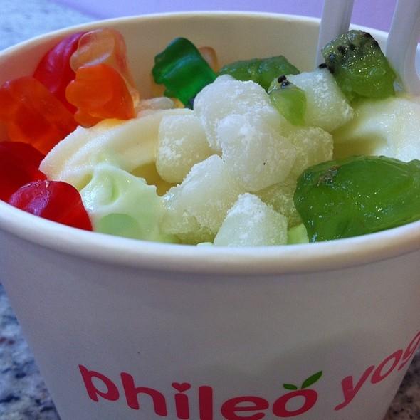 Froyo @ Phileo Yogurt