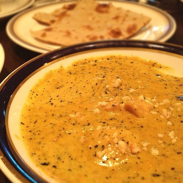 Chicken & Cashew Nuts Curry @ サルマ ティッカアンドビリヤニ