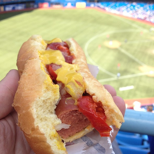 Hot Dog @ Rogers Centre