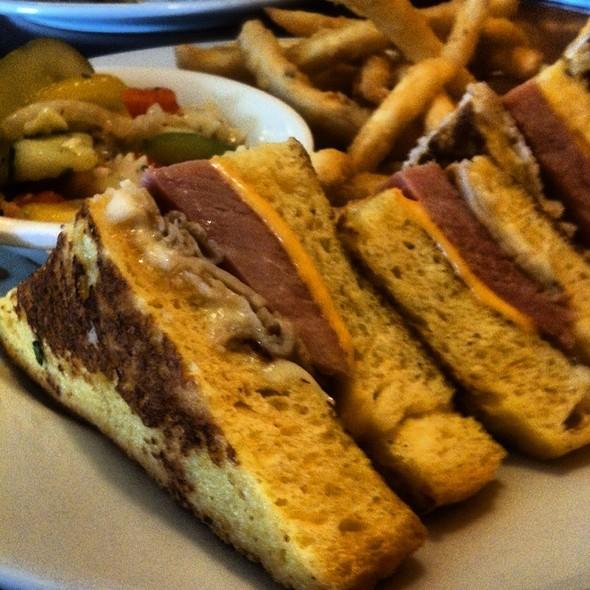 Monte Cristo Sandwich @ Sunrise Grill