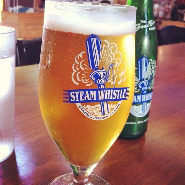 Steam Whistle Pilsner @ Diner Deluxe