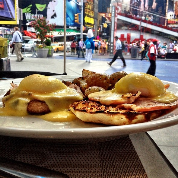 Eggs Benedict - Blue Fin - New York, New York, NY