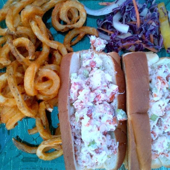 Lobster Roll (Sandwich) @ Island Mermaid