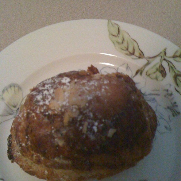Almond Chocolate Croissant @ Bakeshop