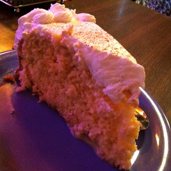 Tres Leches Cake @ L & J Cafe