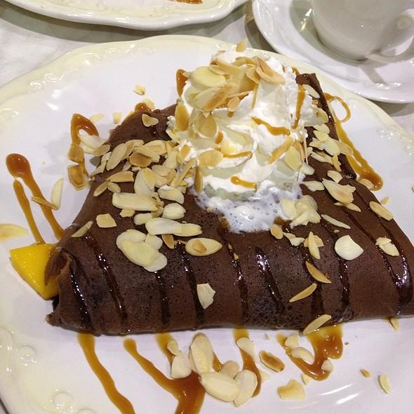 Mango Hazelnut au Chocolat @ La Crêperie