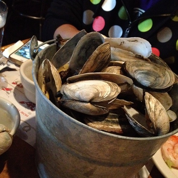 Bucket Of Steamers