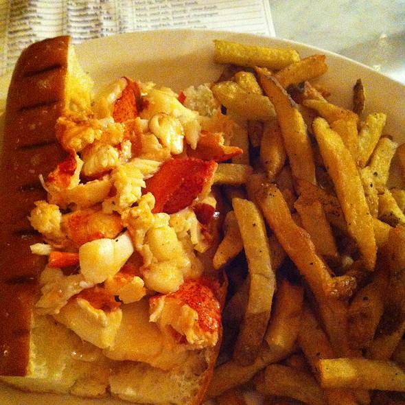 Lobster Roll (Sandwich) @ Neptune Oyster