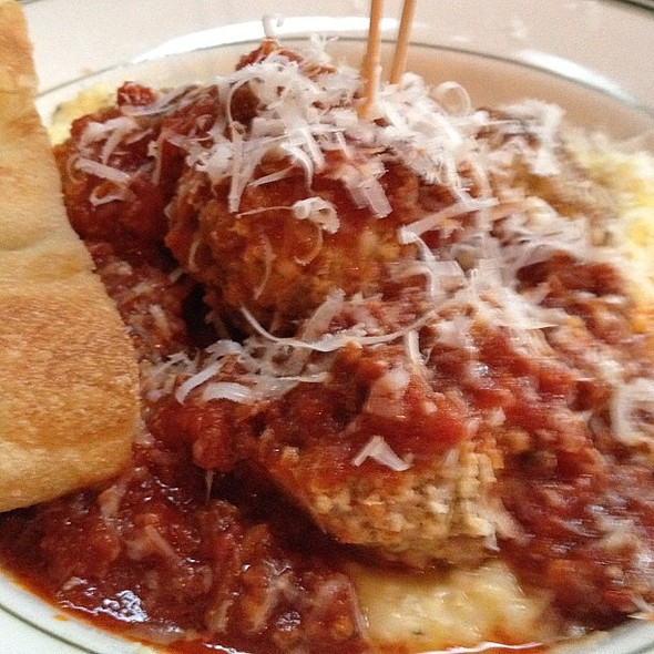 Spicy pork naked balls with creamy polenta and meat sauce