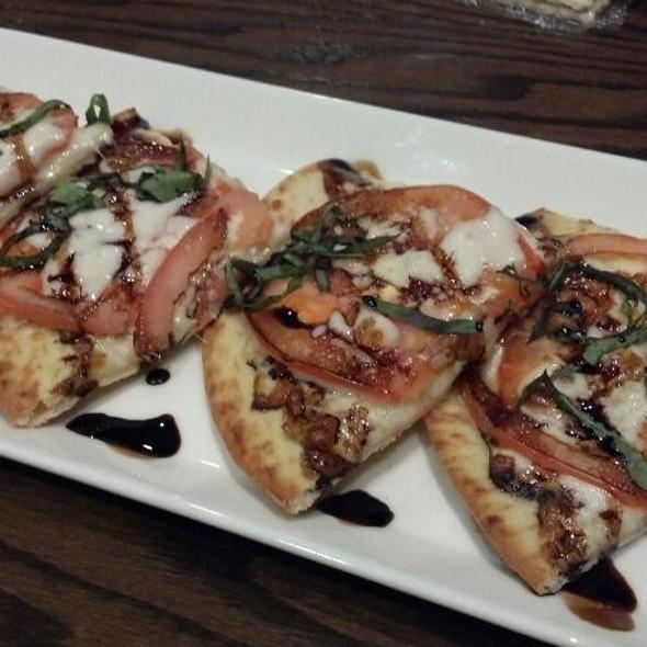 Margarita Pizza @ 30 East Main