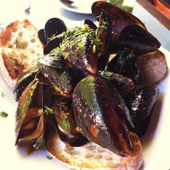 Black Mussels - Paragon - Portland, Portland, OR