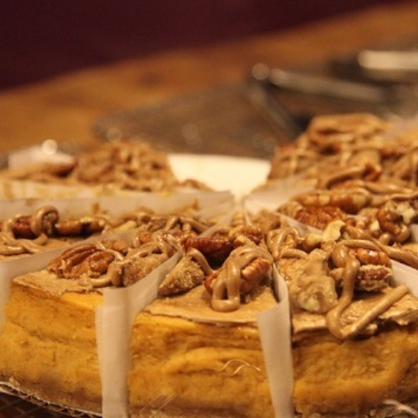 Peacan Cake