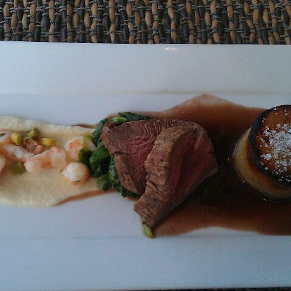 Beef tenderloin, tiger prawns, potato fondant, asparagus, spinach, red wine sauce @ Ocean Club