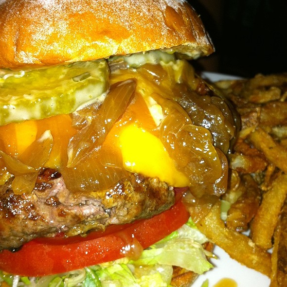 Angus Burger - American Tap Room - Reston, VA, Reston, VA