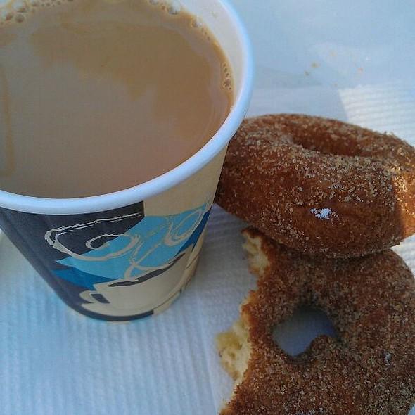 Cinnamon Donuts And Coffee at Oak Park Farmers' Market in Oak Park, IL