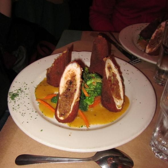 Lenore's Chicken @ Delta Grill