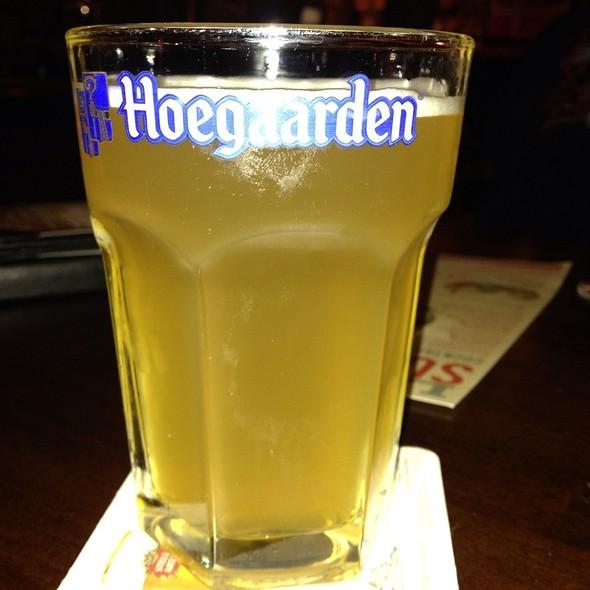 Hoegaarden - Tigín Irish Pub & Restaurant - St. Louis, Saint Louis, MO