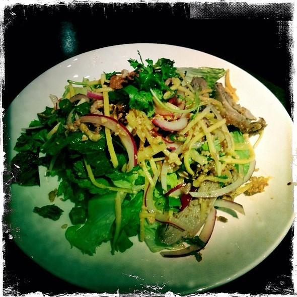 Crispy Duck Yum Salad @ Leng Thai