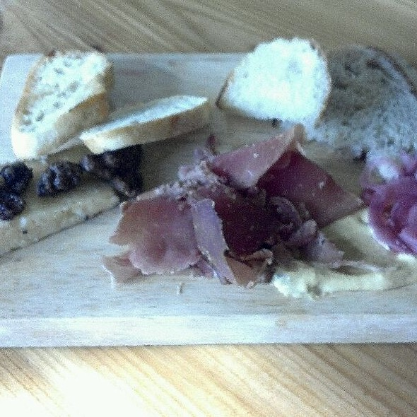 """Artisan Board With Johnston County """"Parma Ham"""" & Looking Glass Creamery Chocolate Lab @ Little Hen"""