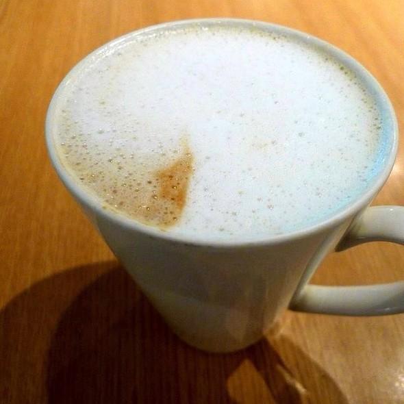 Cappuccino @ Cedele